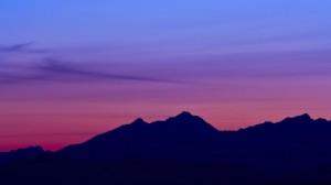 blue-pink-mtn
